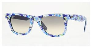 Ray-Ban RB2140 102132 CRYSTAL GREY GRADIENTBLUE-GREEN FLOWERS/BLUE