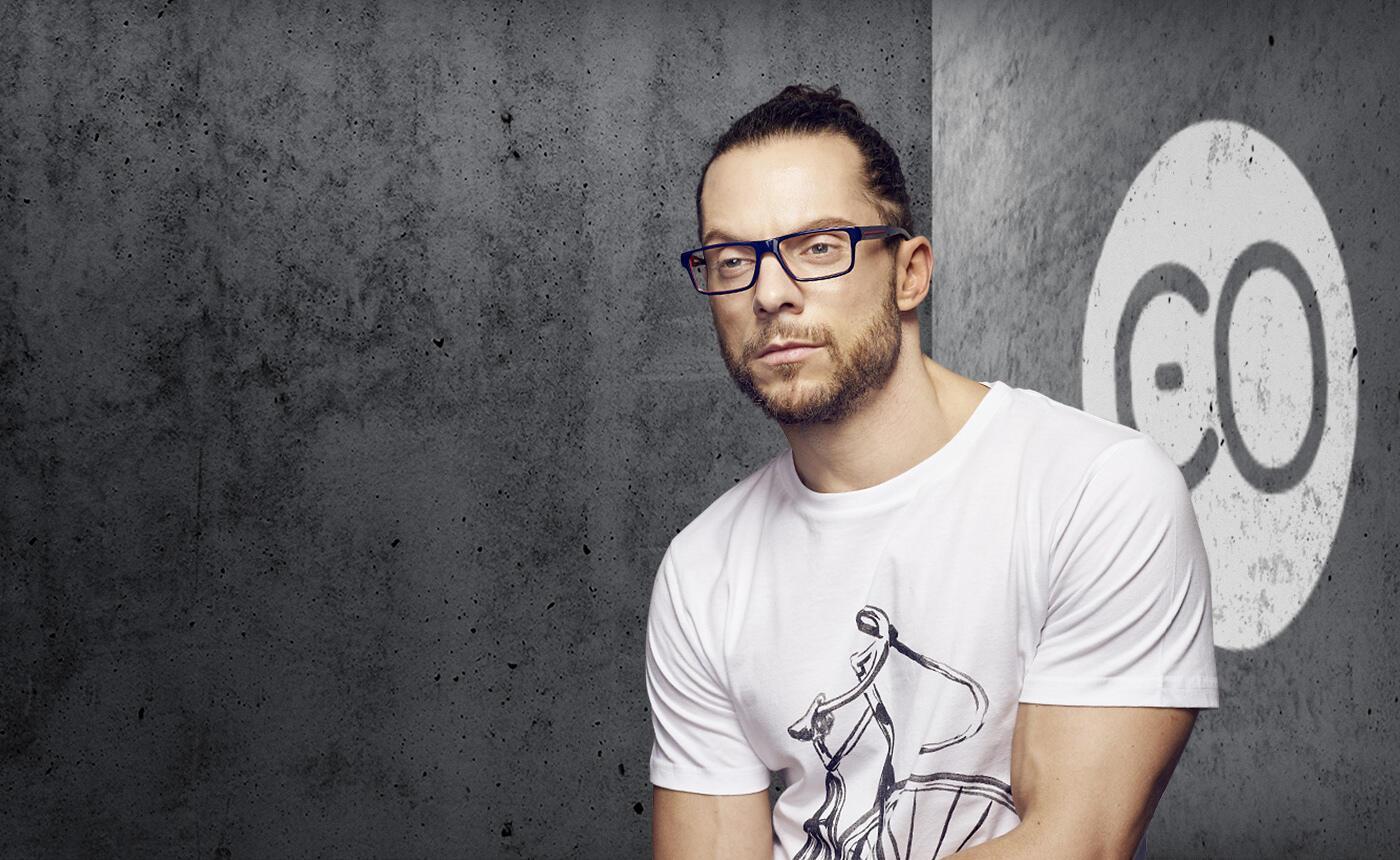 male model wearing men's emporio armani glasses